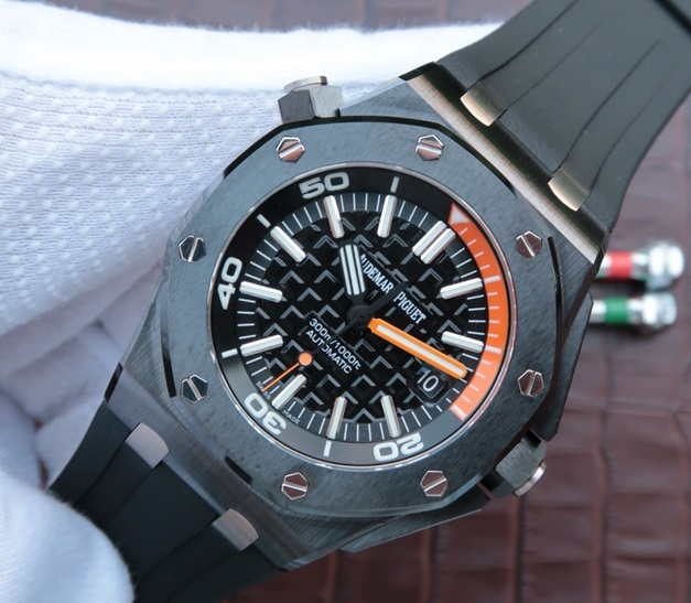 Noob Factory Replica Audemars Piguet Royal Oak Offshore Diver Black Ceramic Watch