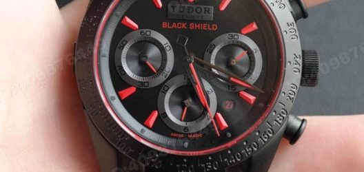 Noob Factory Replica Tudor Fastrider Blackshield Automatic Mechanical Watch 42000CR,1:1 Tudor Replica