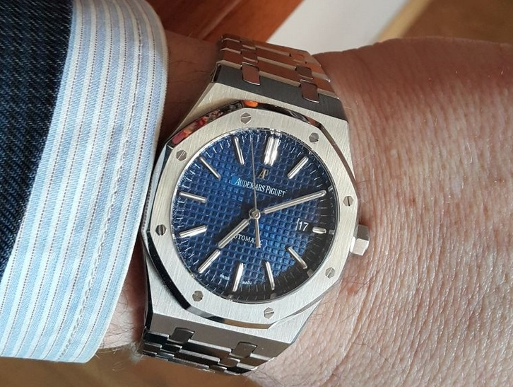 Noob Factory Replica Audemars Piguet Royal Oak 15400 Blue Dial Review
