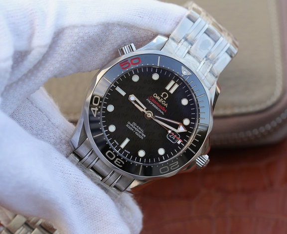 Noob Factory Replica Omega Seamaster James Bond 007 Limited Edition Watch Review