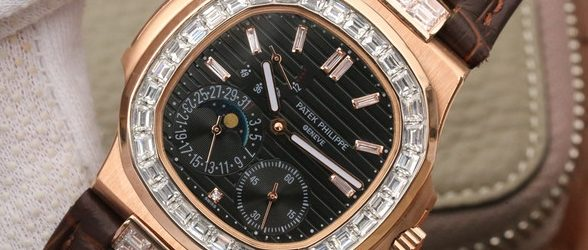 Noob Factory Replica Patek Philippe Nautilus 5724 Rose Gold Diamonds Watch