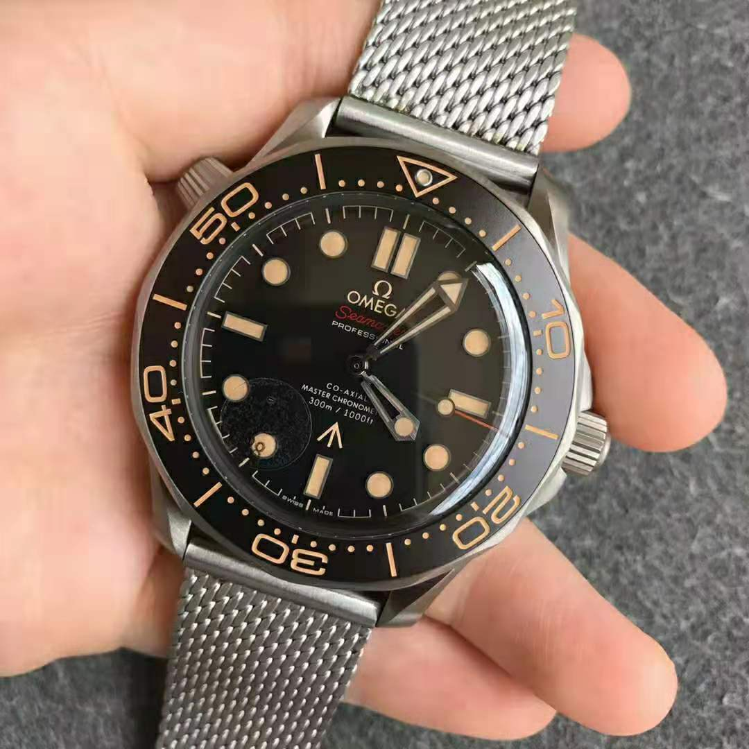 Noob Factory Replica Omega Seamaster 300M 007 No Time To Die