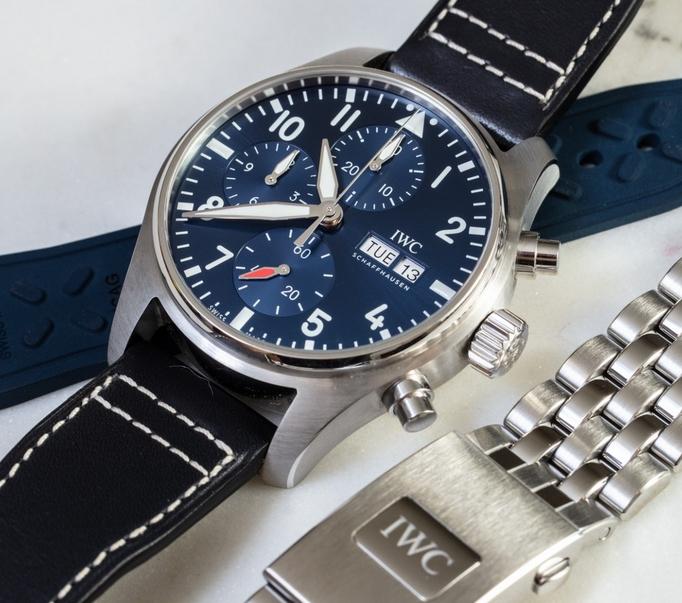 Noob Factory Replica IWC Pilot's Chronograph 41 IW388101 Review